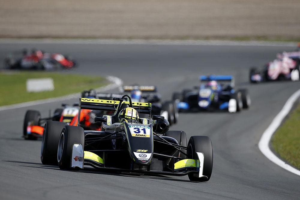 FIA Formula 3 European Championship 2017, round 7, race 2, Zandvoort (NED)