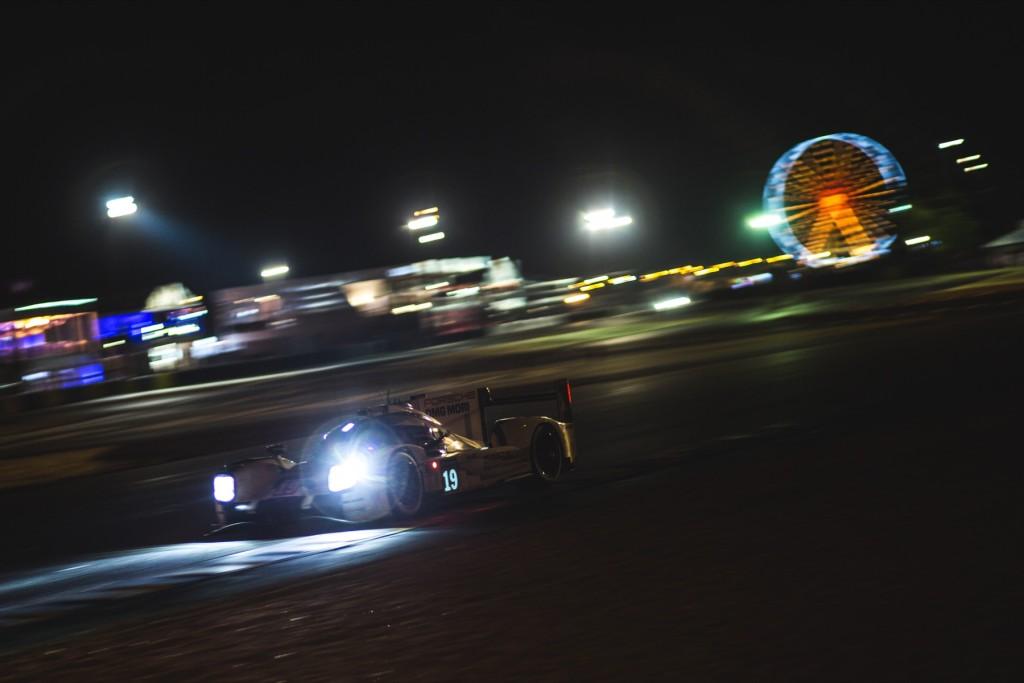 Car #19 / PORSCHE TEAM (DEU) / PORSCHE 919 HYBRID Hybrid / Nico HÜLKENBERG (DEU) / Earl BAMBER (NZL) / Nick TANDY (GBR) - Le Mans 24 Hours at Circuit Des 24 Heures - Le Mans - France
